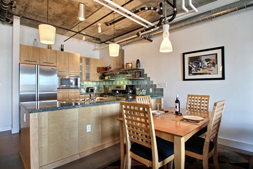 PP 5131 Just Listed:  Park Place #513