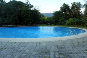 Swimming Pool 300x200 A Pool for your Luxury Home: Is it Worth it?