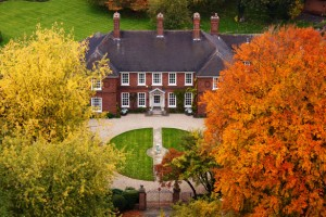mansion in autumn 871297104754mGb 300x200 A Look Ahead: The 2015 Luxury Market