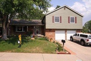 New Listing in The Knolls