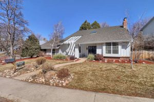 Home in The Knolls Goes Under Contract
