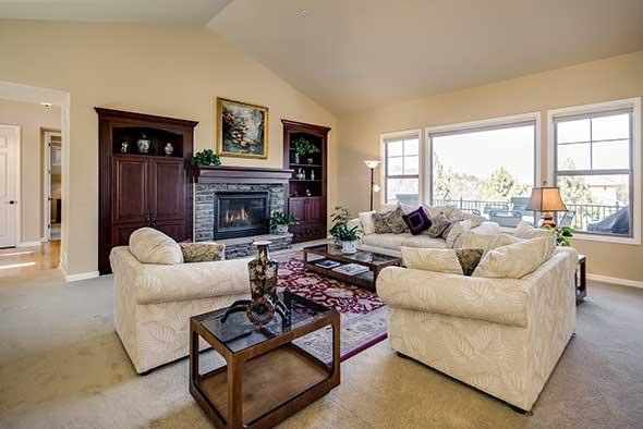 Before 6269 Shavano Peak Place Living Room