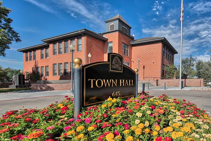 Erie Town Hall - Erie Safari