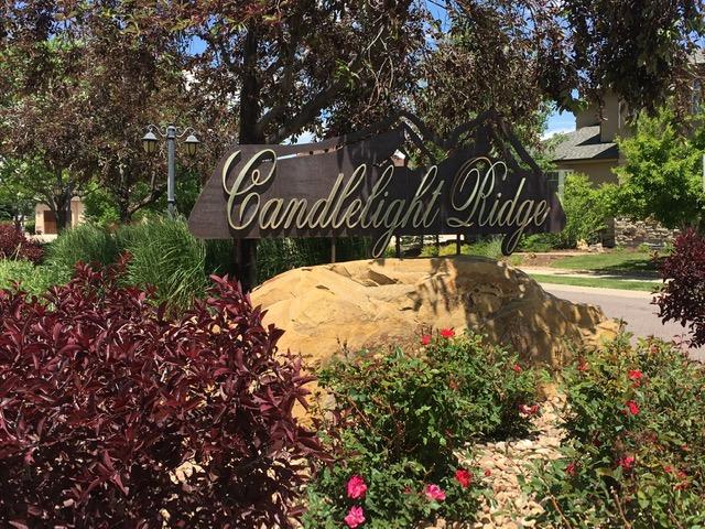 Neighborhood sign for Candlelight Ridge - Erie Neighborhood Information