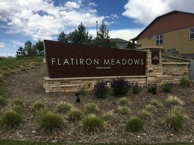Neighborhood sign for Flatiron Meadows - Erie Neighborhood Information