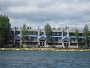 IMG 1501 300x225 Argentine condos Keystone Real Estate