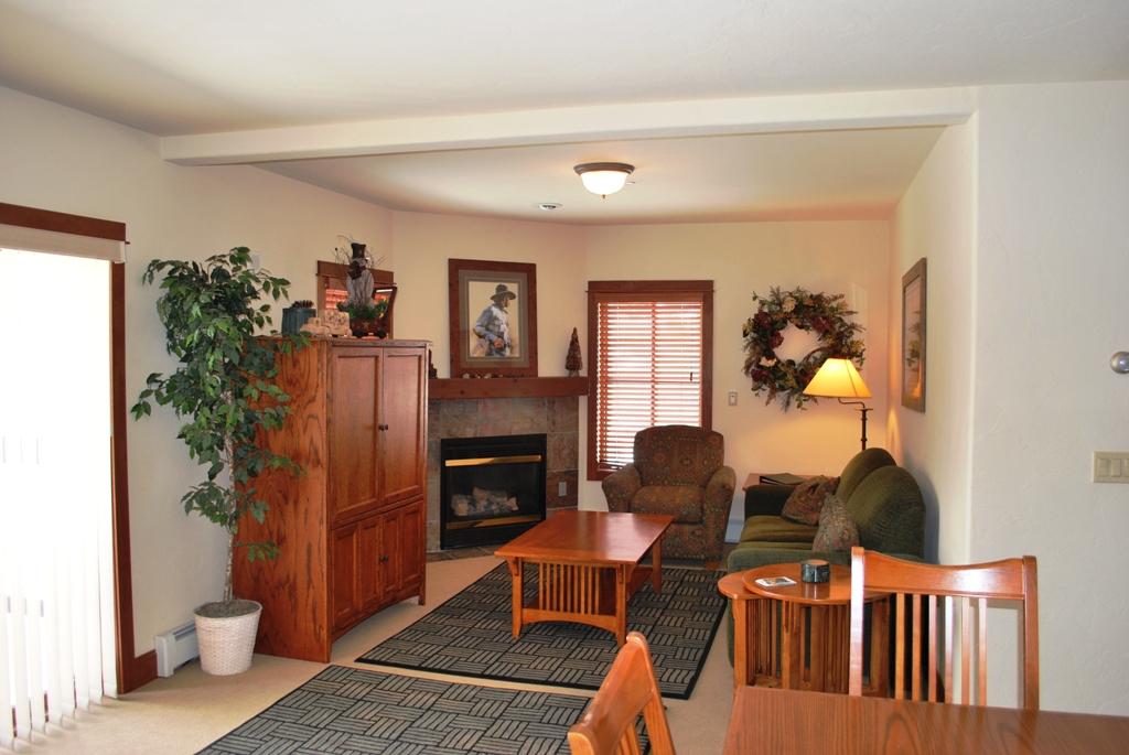 DSC 0118 Oro Grande Lodge for sale