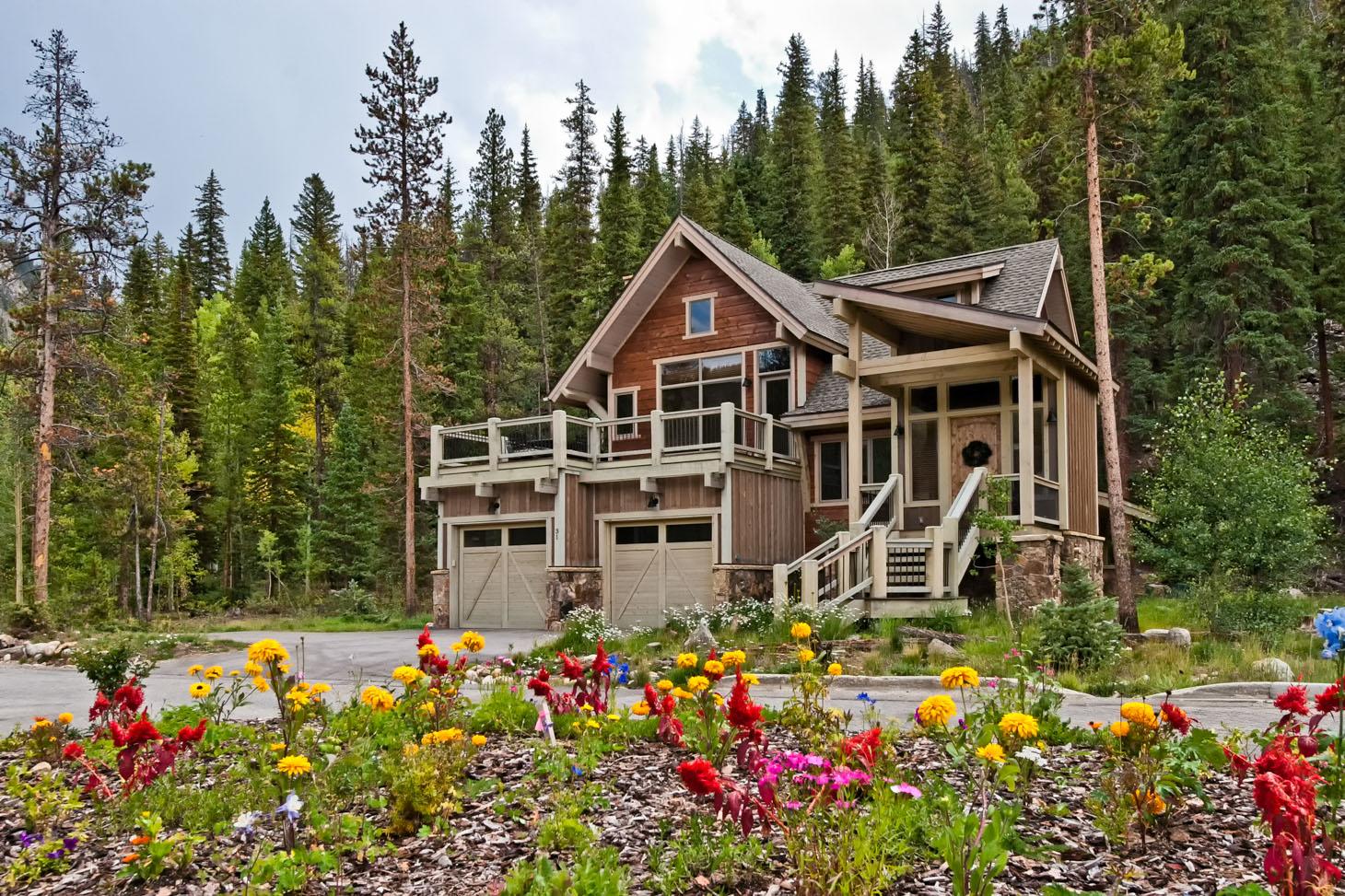 ExteriorWeb Estates at Settlers Creek Real Estate