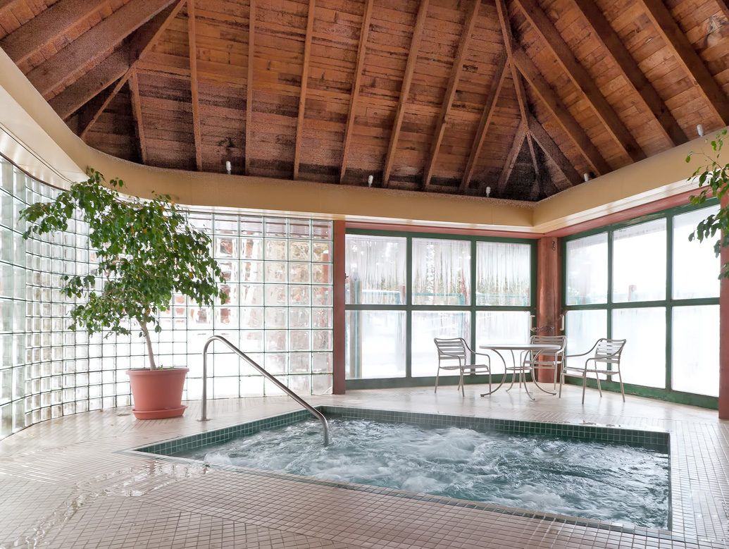 HotTubLowRes1 Northstar Townhomes Keystone Real Estate for sale
