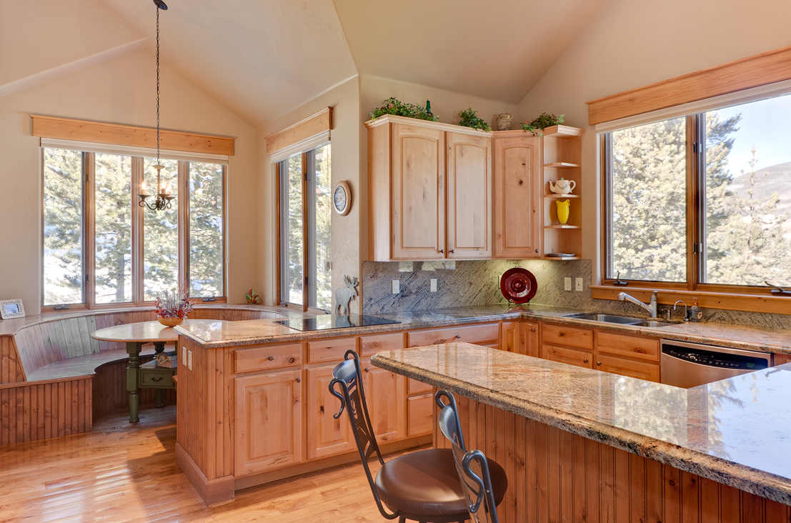 KitchenBreakfastNookWeb Elk Run Homes for sale (The River Course)