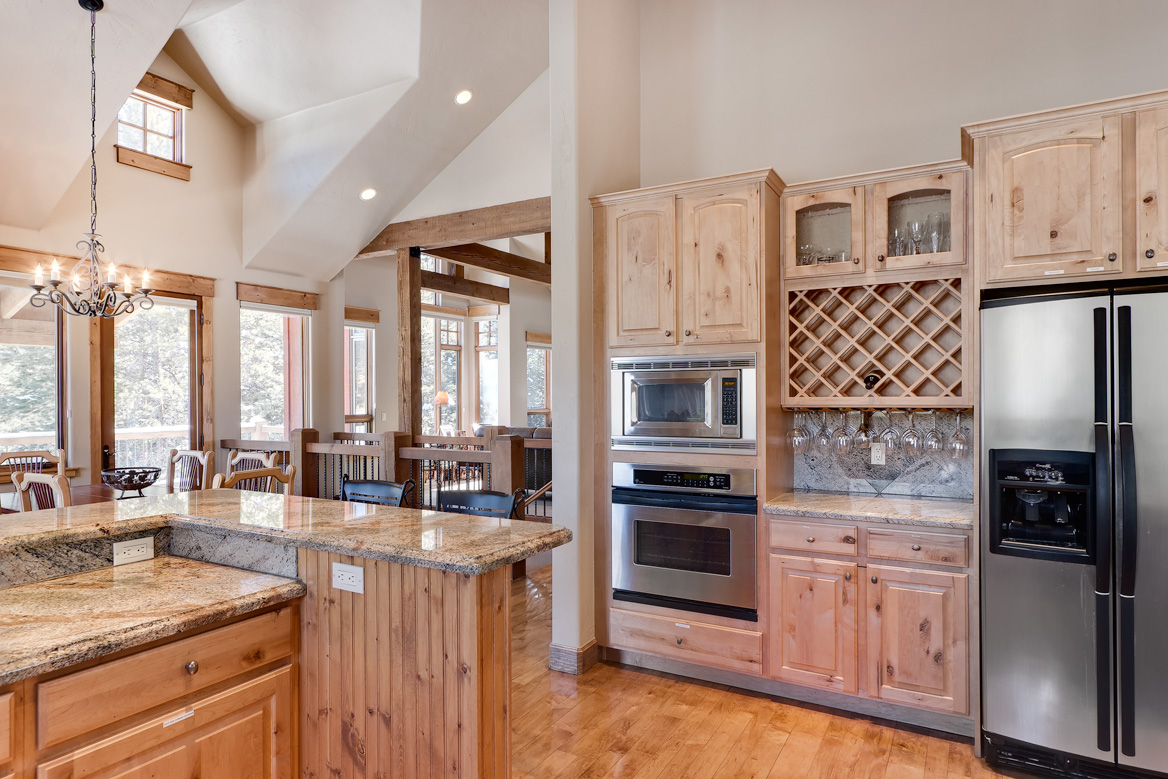 KitchenToGreatRoomWeb Elk Run Homes for sale (The River Course)