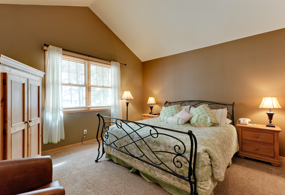 MasterBedroomLowRes Northstar Townhomes Keystone Real Estate for sale