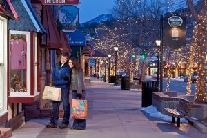 Winter Shopping in Estes Park 300x200 Learn About Denver Real Estate   Current Listings and Market Information