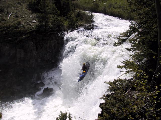 Craig Kayak Anklebreaker Waterfall