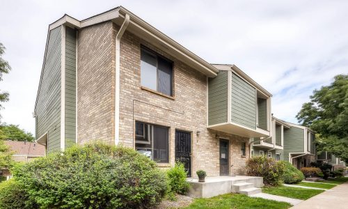 Remodeled Lakewood Townhome