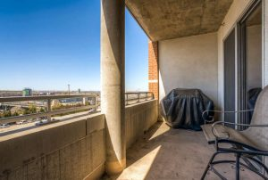 2229 Blake Street 510 Denver small 025 24 Balcony 666x448 72dpi 300x202 Luxurious Modern Loft