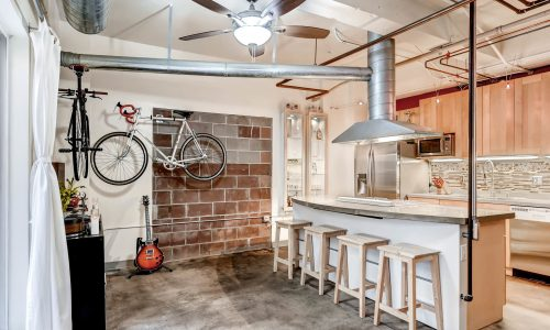 Hip Industrial Loft Near RiNo