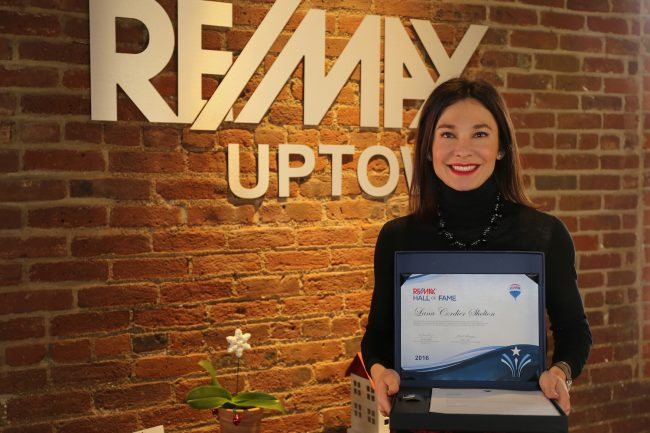 RE/MAX Agent Lana Shelton Earns Hall Of Fame Award
