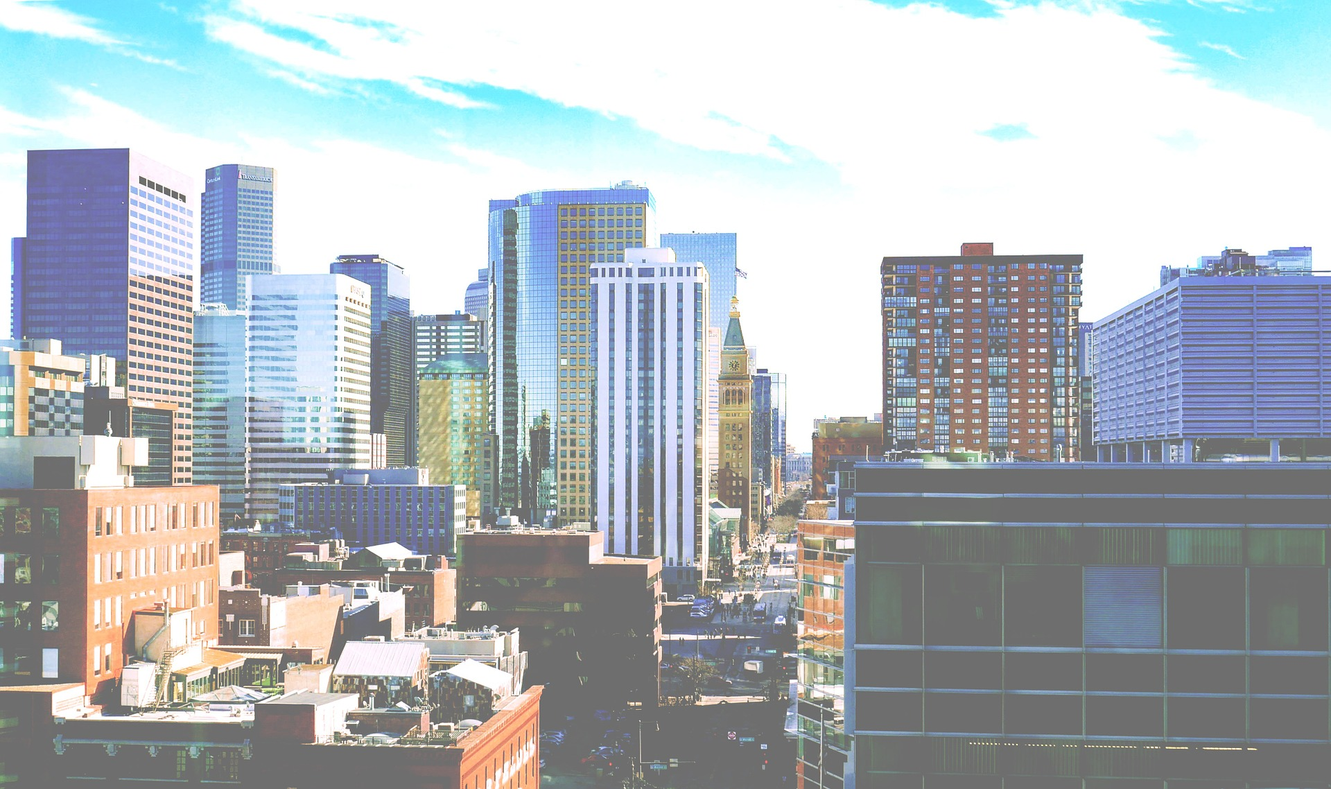 picture of city skyline in downtown denver