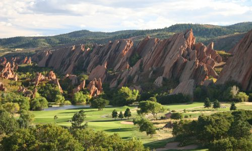 arrowhead-best-golf-course-in-Denver-with-red-rock-formations