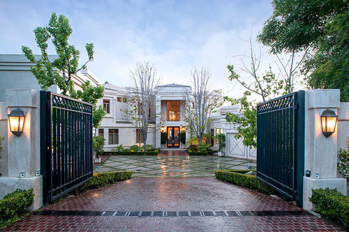 Dr Dre JUST SOLD! His $30 Million – HOLLYWOOD HILLS MANSION