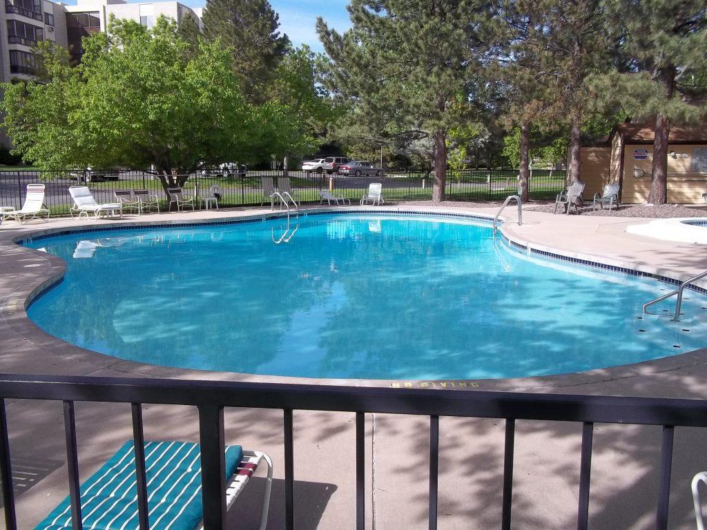 Heather Gardens Swimming Pool