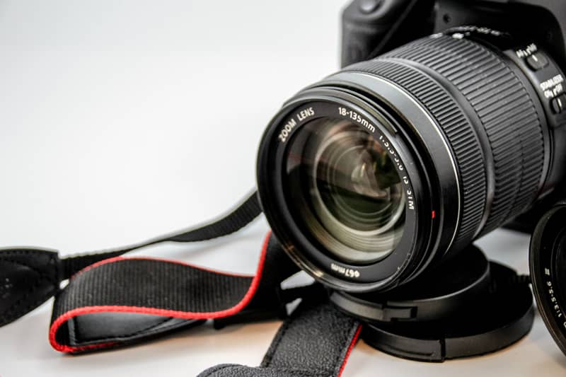 Does Professional Photography Help Sell Homes?
